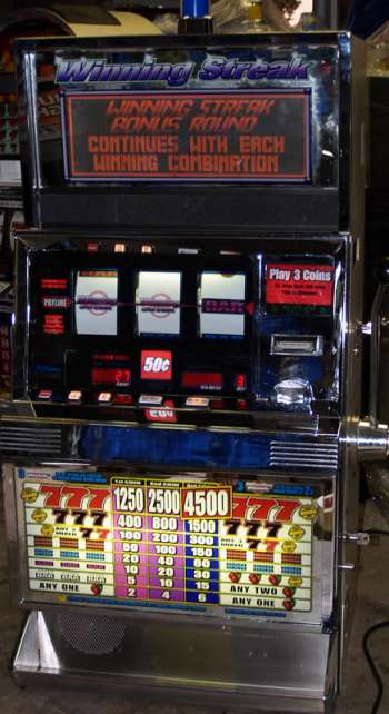 pictures of winning slot machines