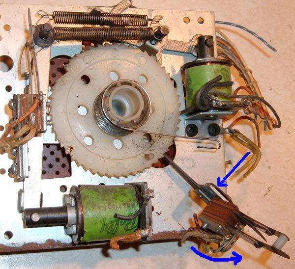 how to fix sticky mechanical switch