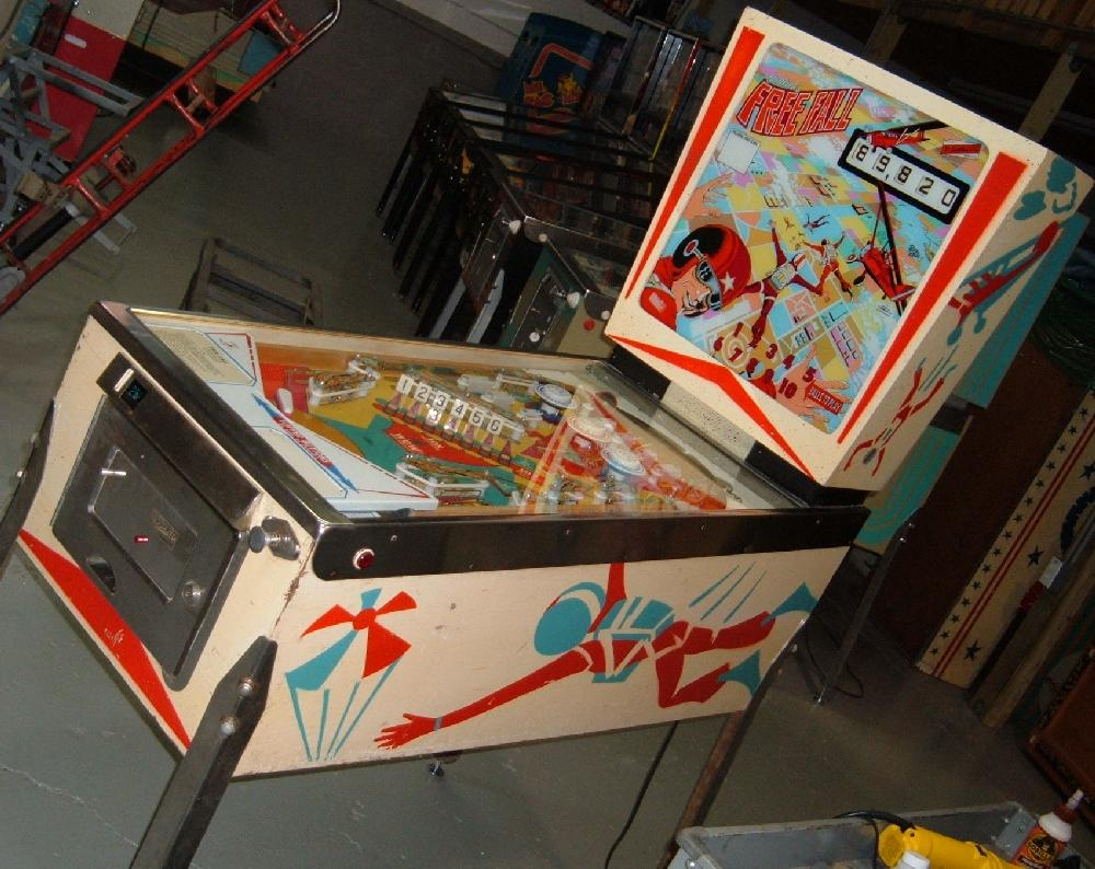 Gottlieb Free Fall Pinball Gottlieb Freefall Pinball Machine 1974