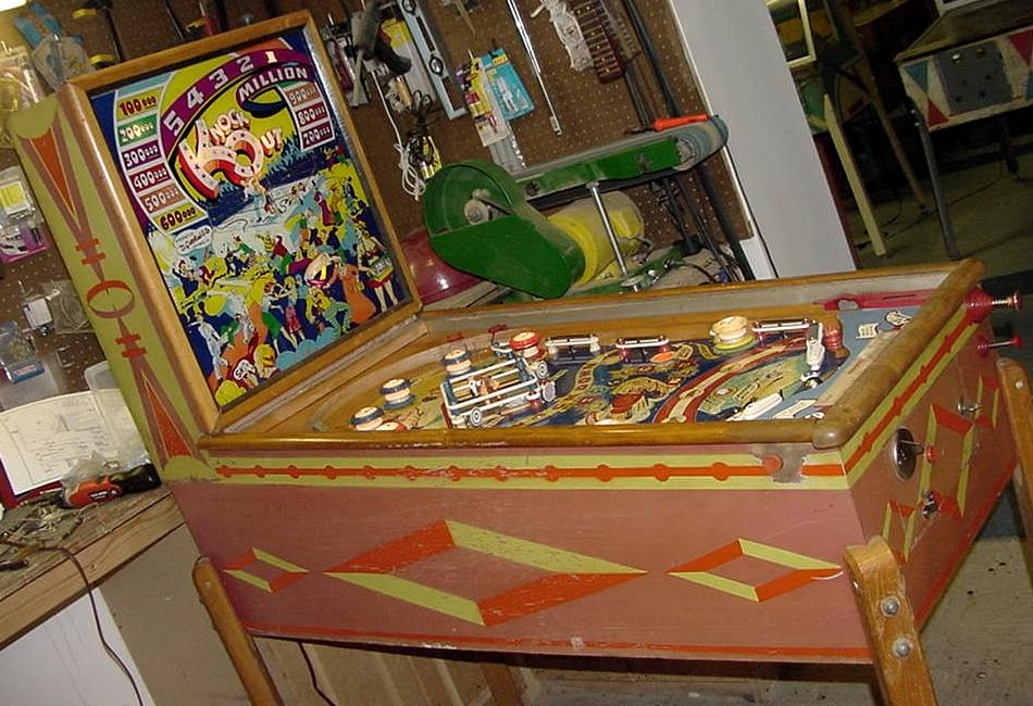 Gottlieb Knock Out Knockout Pinball 1950 Woodrail Coin
