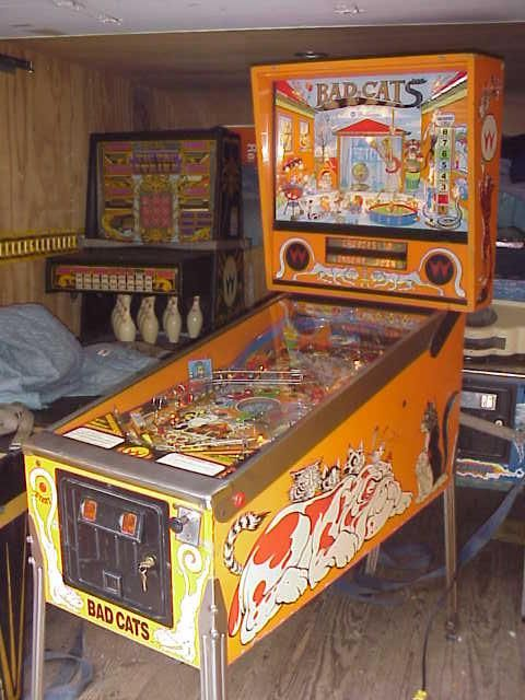 Williams Bad Cats Pinball Collector Buying