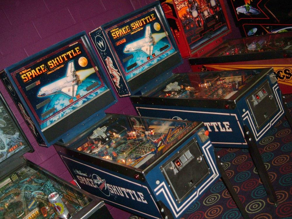Williams Space Shuttle pinball - collector buying