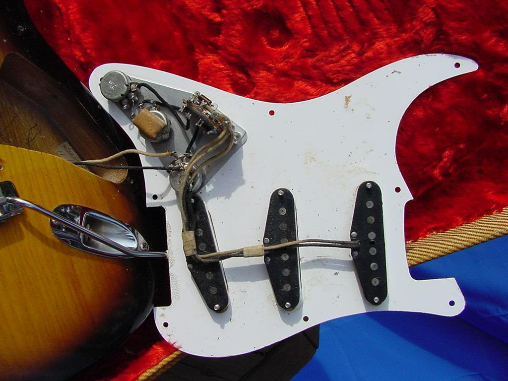 Vintage Stratocaster Pickguard Wiring Wire Center Fender Guitar Jack Strat Auto Electrical Diagram U2022 Rh 6weeks Co Uk Gibson Output