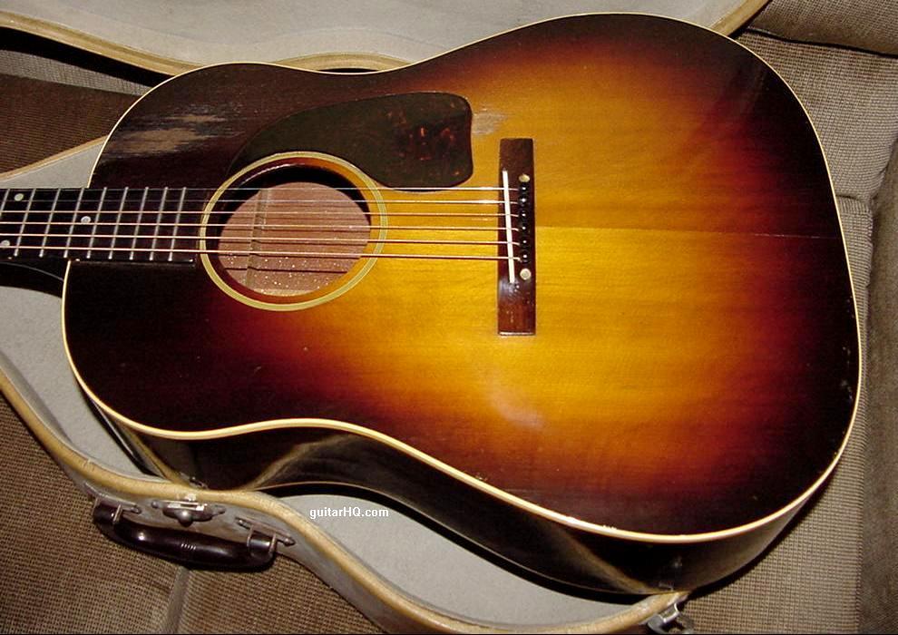 Gibson J-45 guitar Gibson J45 guitar info Jumbo 45 flat top
