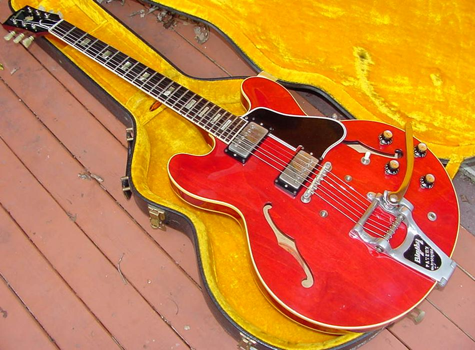 gibson es 335 guitar gibson es335 guitar info thinline electric archtop vintage 1958 to 1965 dot. Black Bedroom Furniture Sets. Home Design Ideas